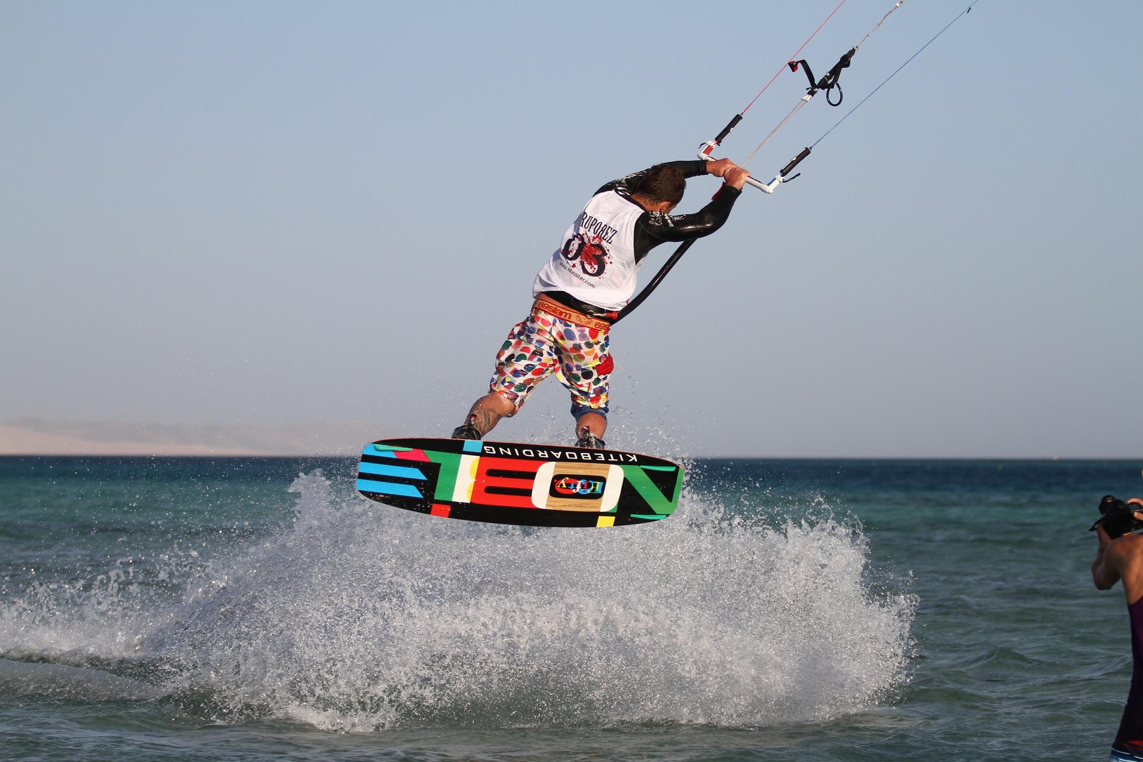 Kite Surfing  Safari